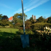 Photo taken at Rosarium Wokrestaurant Westbroekpark by Carmelo Mirko M. on 9/29/2013