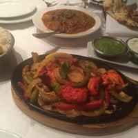 9/15/2014にAline S.がMonsoon Fine Cuisine of Indiaで撮った写真