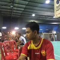 Photo taken at Galaxy Futsal Bangi by Ahmad Z. on 9/4/2017