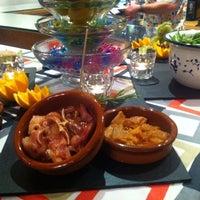 Photo taken at Restaurante/Bar Taller De Mantenimiento by Diego E. on 10/17/2013