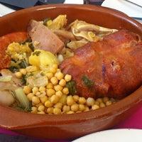 Photo taken at Restaurante/Bar Taller De Mantenimiento by Diego E. on 10/18/2013
