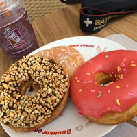 Photo taken at Dunkin' Donuts by Ardo K. on 10/18/2015