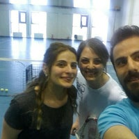 Photo taken at 19 Mayıs Üniversitesi Tenis Kortları by Kübra Semih E. on 4/25/2015