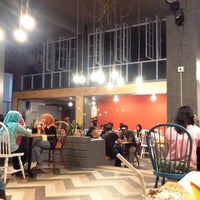 Photo taken at Mr Brewok by Rudyanto G. on 10/3/2014
