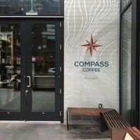 Das Foto wurde bei Compass Coffee von Cesar C. am 8/12/2017 aufgenommen