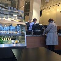 11/2/2015 tarihinde Cesar C.ziyaretçi tarafından Ogawa Coffee Boston'de çekilen fotoğraf