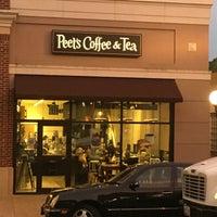 Photo taken at Peet's Coffee & Tea by Cesar C. on 6/28/2016