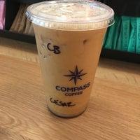 Das Foto wurde bei Compass Coffee von Cesar C. am 5/2/2018 aufgenommen