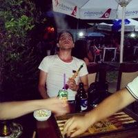 Foto scattata a Orijinal Cafe Bar da Sefa G. il 8/7/2014