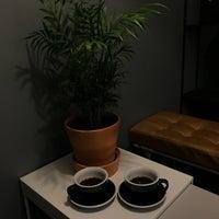 Снимок сделан в 16.Coffee пользователем Don Bacon🥓 8/1/2018