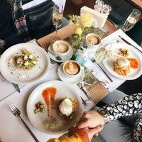 Снимок сделан в Cafe Select Eatery пользователем Don Bacon🥓 3/7/2018