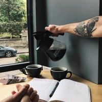 Снимок сделан в 16.Coffee пользователем Don Bacon🥓 9/15/2018