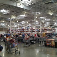 Photo taken at Costco Wholesale by Yurban on 9/15/2017