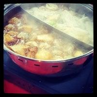 Photo taken at Restaurant Jin Zhou (Steamboat) by 마 이. on 5/19/2013