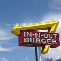 Photo taken at In-N-Out Burger by Lani Love on 8/3/2013
