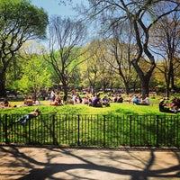 Das Foto wurde bei Tompkins Square Park von Nadav S. am 4/27/2013 aufgenommen