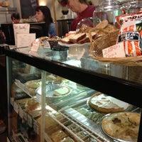 Снимок сделан в Buck's Coffee пользователем Liz E. 11/23/2012