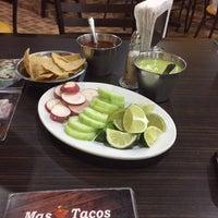 Foto tomada en Mas Tacos por Sinuhé C. el 6/11/2016