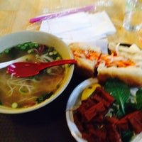 Foto tomada en Hanco's Bubble Tea & Vietnamese Sandwich por Jonathan G. el 10/1/2014