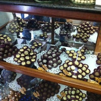 Photo taken at Fábrica Chocolate Araucária by Thaís E. on 10/13/2012