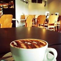 Photo taken at The Coffee Club Bunbury by Joe Yew on 4/12/2016