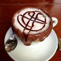 Foto diambil di Caffè Latte oleh Claudio R. pada 3/28/2013