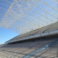 Foto tirada no(a) Arena Corinthians por Paulo M. em 2/2/2013
