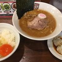 Photo taken at 煮干しらーめん 玉五郎 くずはモール店 by キヨP on 7/6/2018
