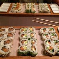 Photo prise au Makisu par Elisa K. le2/21/2015