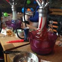 Das Foto wurde bei Binzgarten Shisha Lounge von Simay-Gizem C. am 5/3/2015 aufgenommen