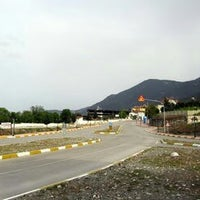 Photo taken at Honaz Yolları by Halil Y. on 5/19/2014