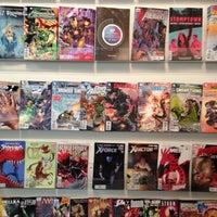Снимок сделан в Floating World Comics пользователем Mike S. 11/10/2012