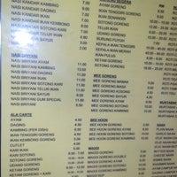 Photo taken at Restoran Original Penang Kayu Nasi Kandar by Saharudin B. on 7/24/2014