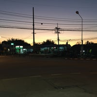 Photo taken at ตลาดทุ่งสมอ by Bow M. on 1/31/2016
