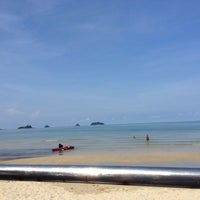 Photo taken at Koh Chang Resort And Spa by Meemie C. on 5/5/2014
