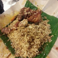 Photo taken at 33 Food Court Bukit Bintang (Medan Selera) by ROSSIETTY_Tutti Kamal on 6/18/2013