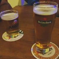 Foto tirada no(a) Phd Pub Bar por Caroline D. em 3/20/2016