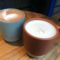 Photo prise au PAPER coffee par Vijay K. le3/18/2018