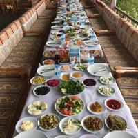 Photo taken at Şifa Kahvaltı Salonu by Berat Ş. on 4/29/2018