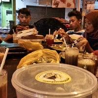 Photo taken at Restoran Al-Ibrahim by Silamuddin H. on 7/31/2014