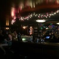 7/13/2016 tarihinde Nicky D.ziyaretçi tarafından Holiday Cocktail Lounge'de çekilen fotoğraf