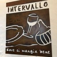 Photo taken at L' Intervallo by Polimnia Romana on 1/17/2017