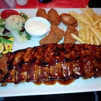 Photo taken at El Toro Steakhouse & Pizza by Christopher B. on 7/18/2014