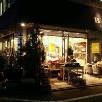 Photo taken at B-COMPANY Transit 吉祥寺・中道通り店 by Clara . on 12/10/2016