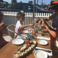 Photo taken at Mac's Seafood by Tracy L. on 8/3/2017