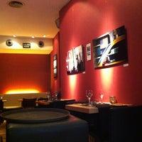 Das Foto wurde bei GILDA by Belgious von Philippe P. am 7/7/2013 aufgenommen