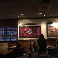 Photo taken at LongHorn Steakhouse by Ivan G. on 5/29/2016
