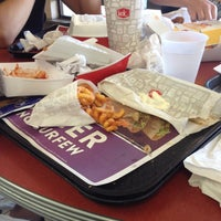 Photo taken at Jack in the Box by Aurely on 9/16/2016