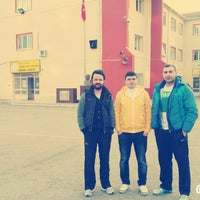 Photo taken at Ístanbul Spor Lisesi by Serdar Y. on 2/9/2016