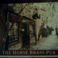 Foto scattata a Horse Brass Pub da Rebecca F. il 1/19/2013